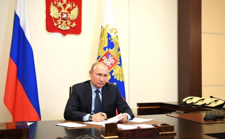 «Не надо приукрашивать ситуацию»: Владимир Путин обратился к губернаторам