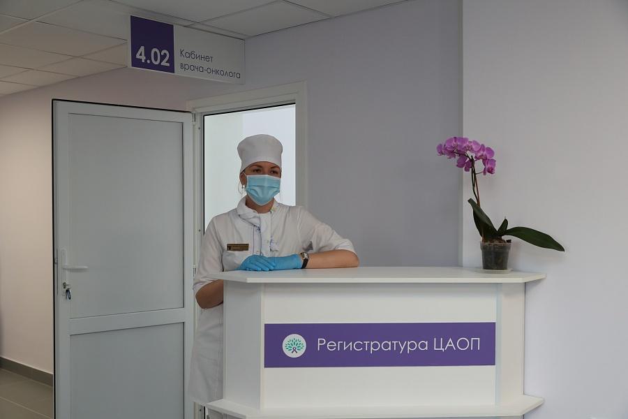 Власти объяснили причины неразберихи с талонами в поликлинике Волжского
