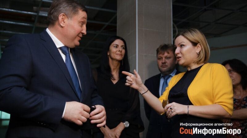 Министр культуры России прогулялась по скандально известному ЦУМу в Волгограде