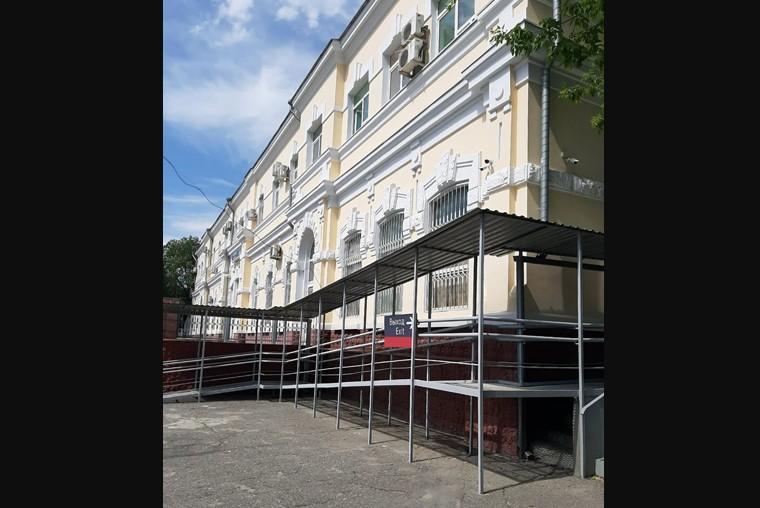 На станции Волгоград-2 поставили подъемник и пандус