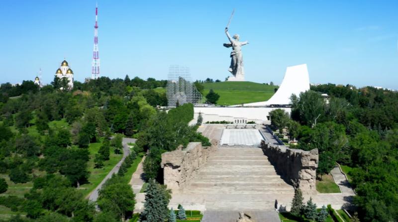 Волгоградцам рассказали, кто и почему выбрал Мамаев Курган для праздничных мероприятий