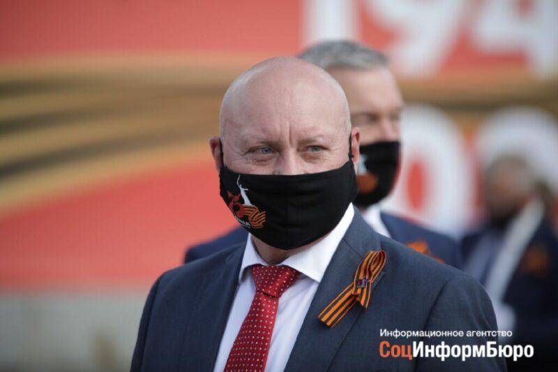 Главой Волгограда Виталием Лихачевым доволен Президент Владимир Путин и недоволен прокурор Волгограда