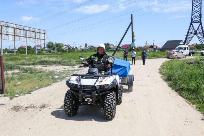 Волгоградские пожарные устраивают рейды на квадроциклах и с громкоговорителями