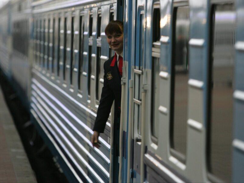 Из Москвы в Волгоград начали ходить поезда с душем