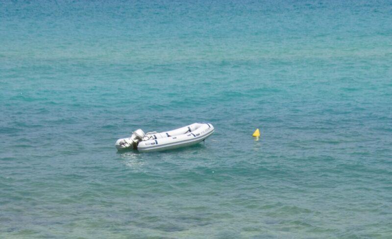 Близкие Алексея Кашавкина едут на опознание найденного утонувшего мужчины