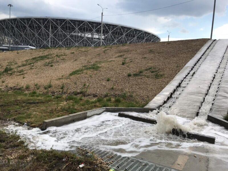 Многострадальный склон у Волгоград арены прошёл испытание июльским ливнем