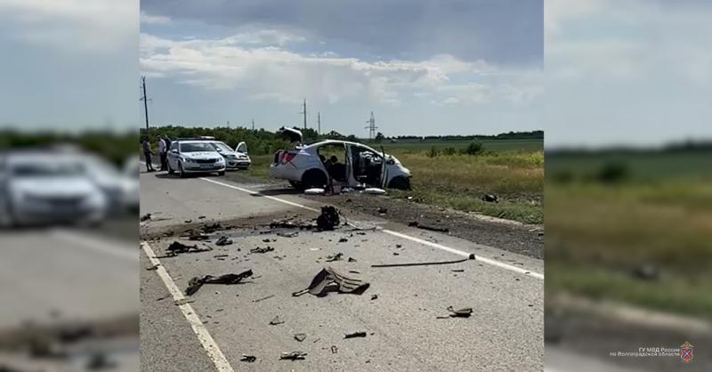 В страшной аварии на трассе «Сызрань-Саратов-Волгоград» погиб житель Екатеринбурга
