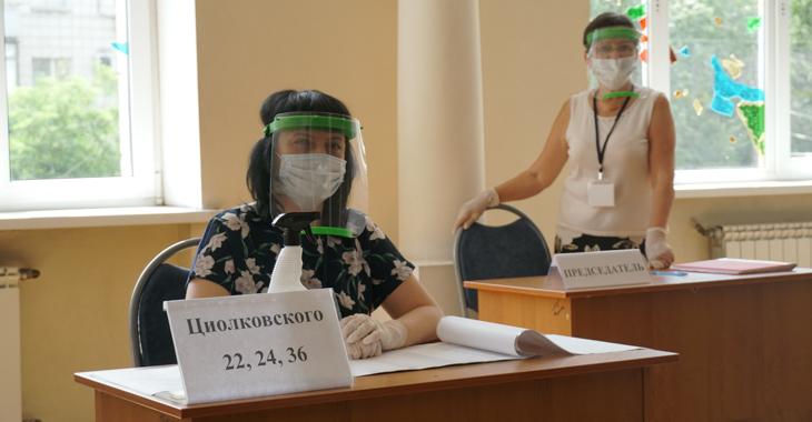Стало известно, сколько волгоградцев отдали свои голоса за или против новой Конституции к 1 июля