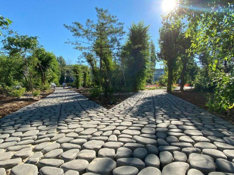 В парке под Волгоградом появится экологичная уличная мебель