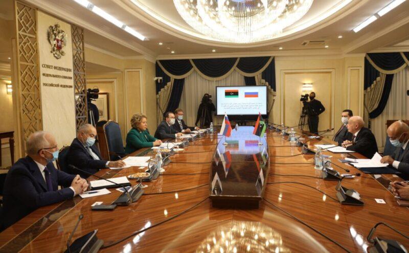 На российско-ливийских переговорах стороны обсудили незаконность ПНС Файеза Сарраджа