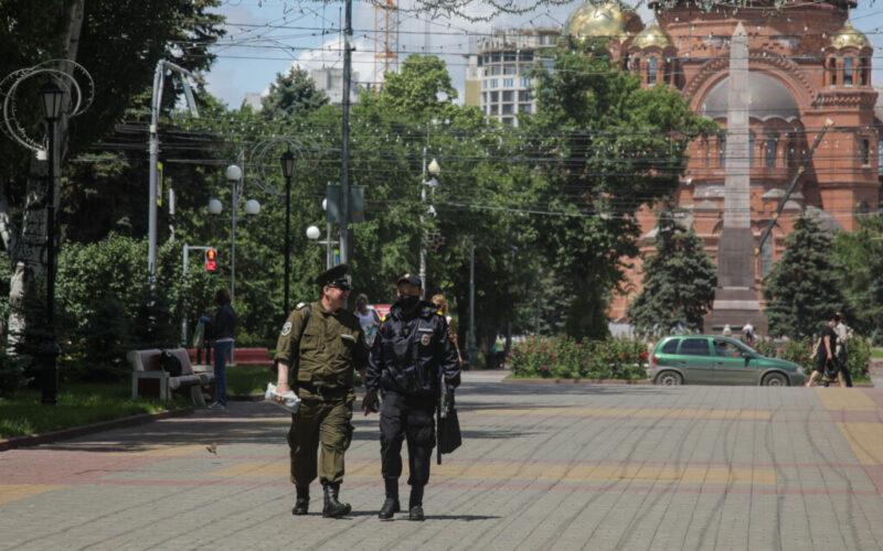 Масочный режим в Волгограде и области продолжается: сколько людей оштрафовали 2 июля?