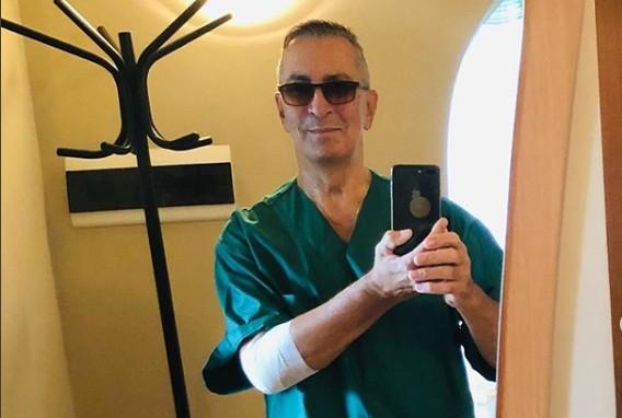 70-летний Александр Буйнов шокировал поклонников снимками из больницы