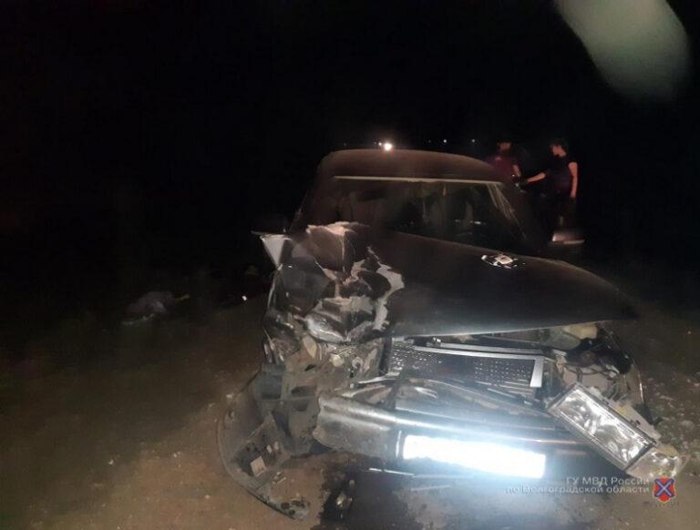 На ночной трассе в Волгоградской области пострадали 3 маленькие девочки