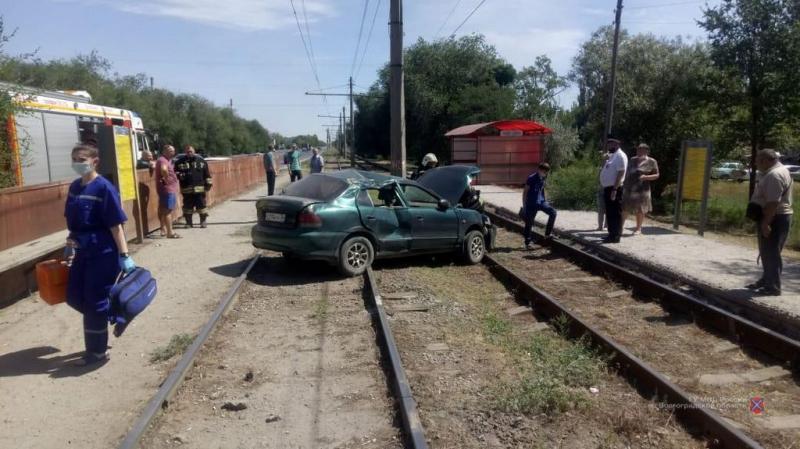 Стали известны обстоятельства смертельной аварии на трамвайных путях в Волжском