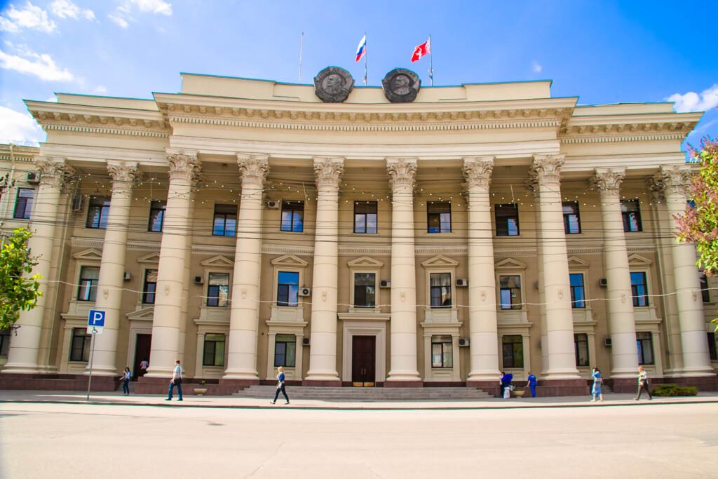 В волгоградском Облстрое сменился председатель