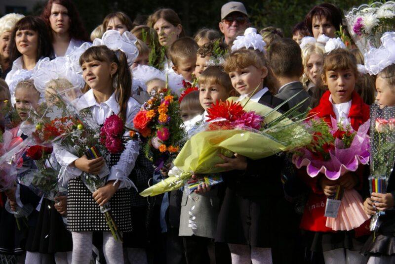 В Волгограде разрешили линейки на 1 сентября, но с ограничениями