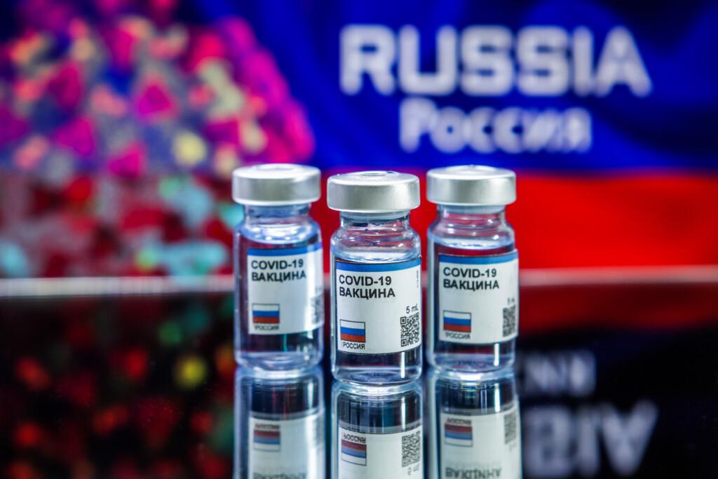 Шумиха в СМИ помогла региону избежать дефицита противоковидной вакцины на ближайшие 10 дней