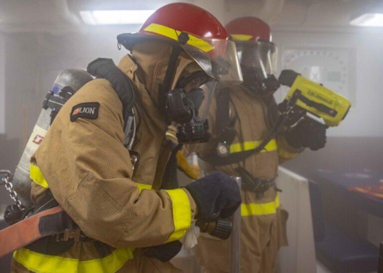 Адское пламя бушует на АЗС в Тракторозаводском районе Волгограда
