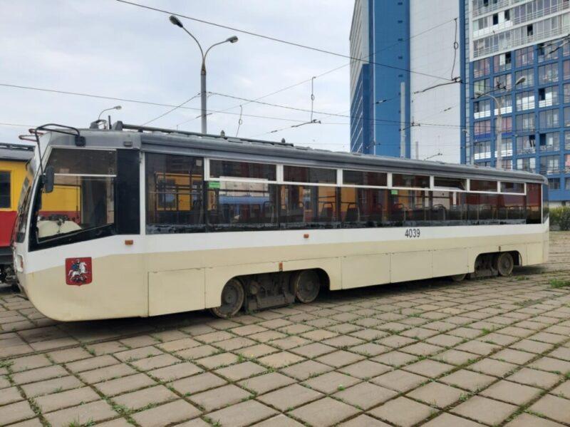 Жителям Волжского везут старые трамваи из Москвы