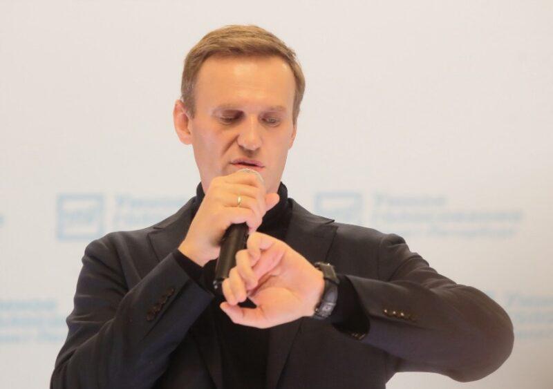 «Это же ужас»: сотрудница омской больницы рассказала о хамском поведении близких Навального