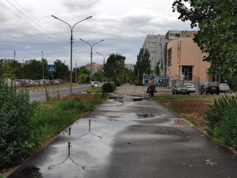 Подрядчиков обязали переделать отремонтированные дороги в Волжском
