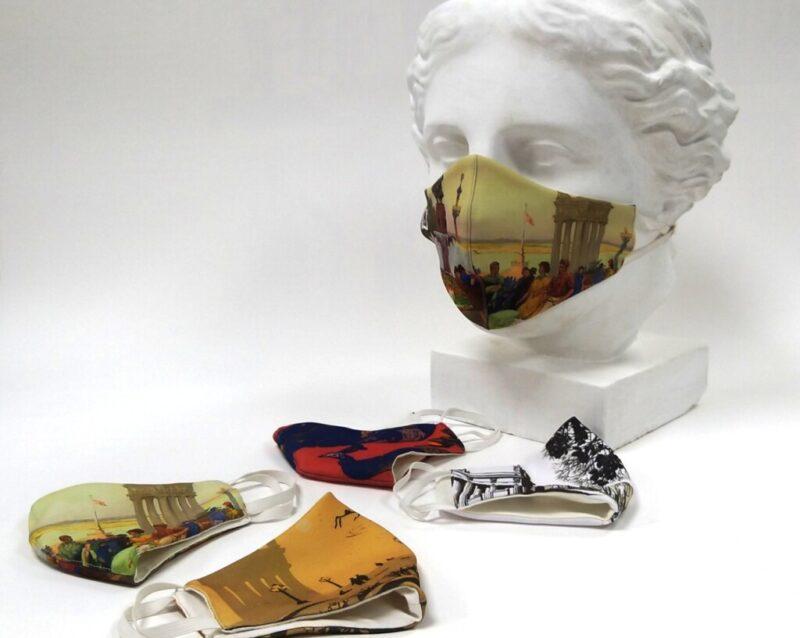В Волгограде выпустили защитные маски с репродукциями картин