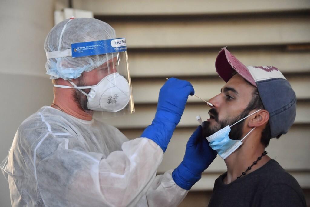 Полмиллиона волгоградцев проверили на коронавирус