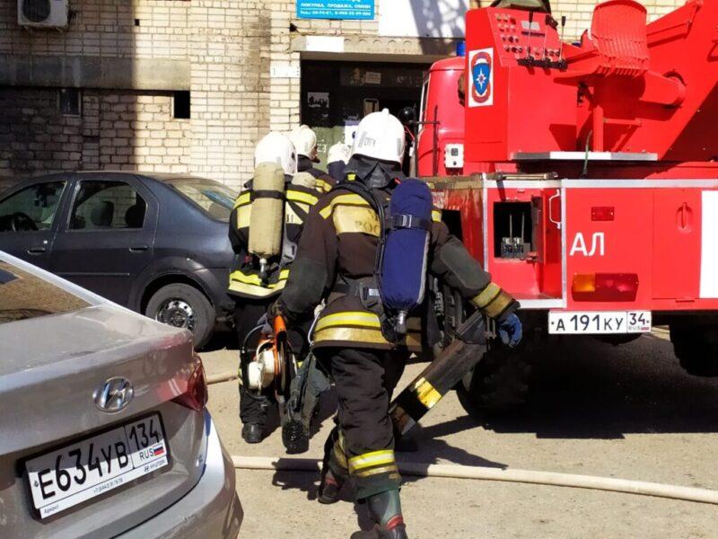 В своей квартире в Волжском сгорел парализованный пенсионер