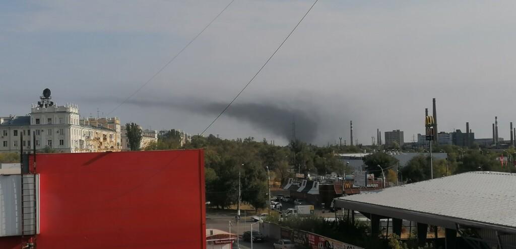 В Тракторозаводском районе сильное возгорание на улице Дзержинского
