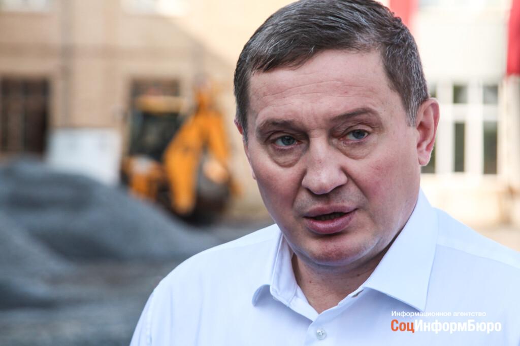 Бочаров заявил о запредельных нагрузках волгоградских ковидных медиков