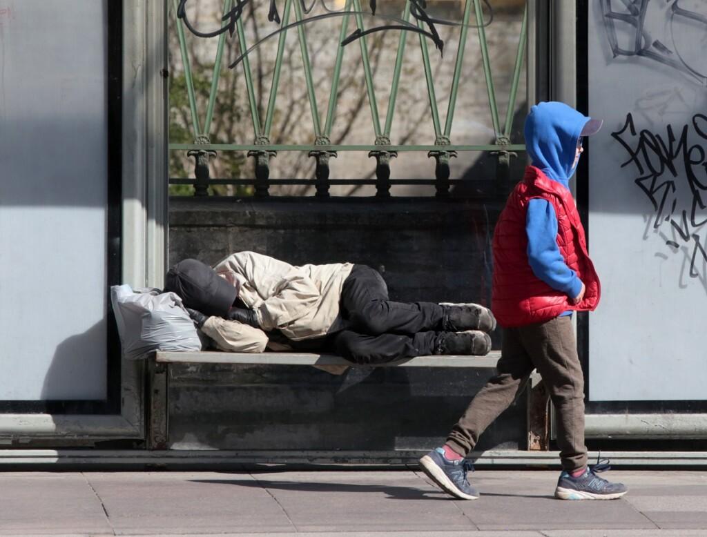 «Нас ждет экономическая катастрофа». Падение доходов жителей Волгоградской области набрало угрожающий темп