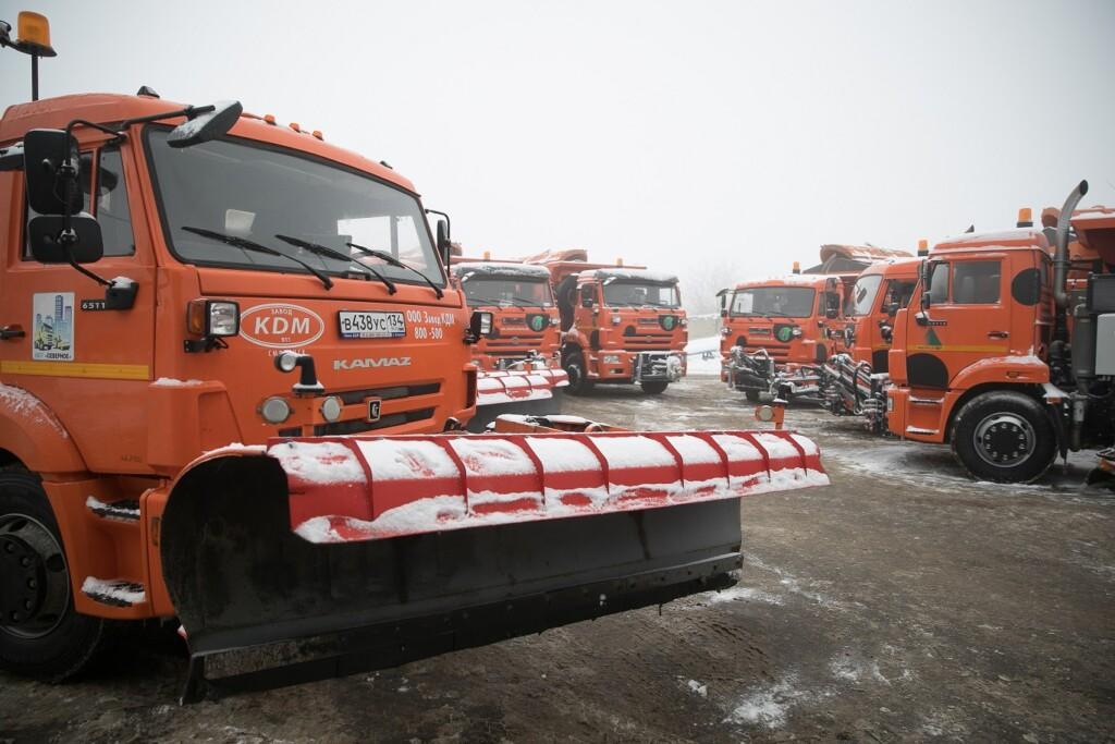 В Волгоградской области выпал первый снег. Дорожные службы справляются с первым снегопадом