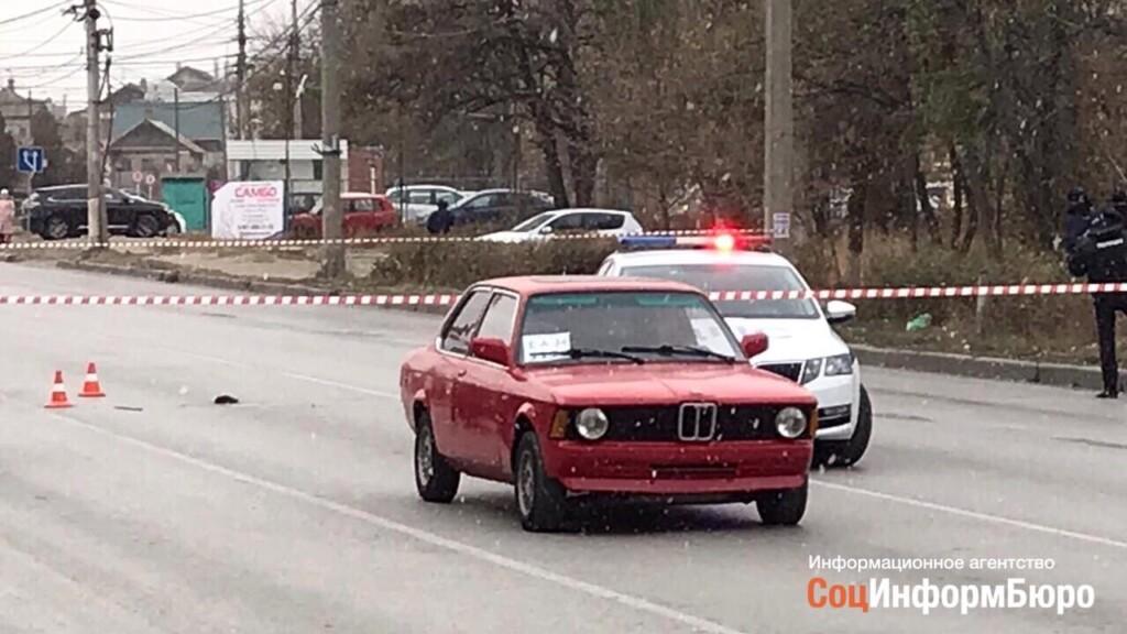 Перед нападением на полицейских водитель красного БМВ гонял по встречке