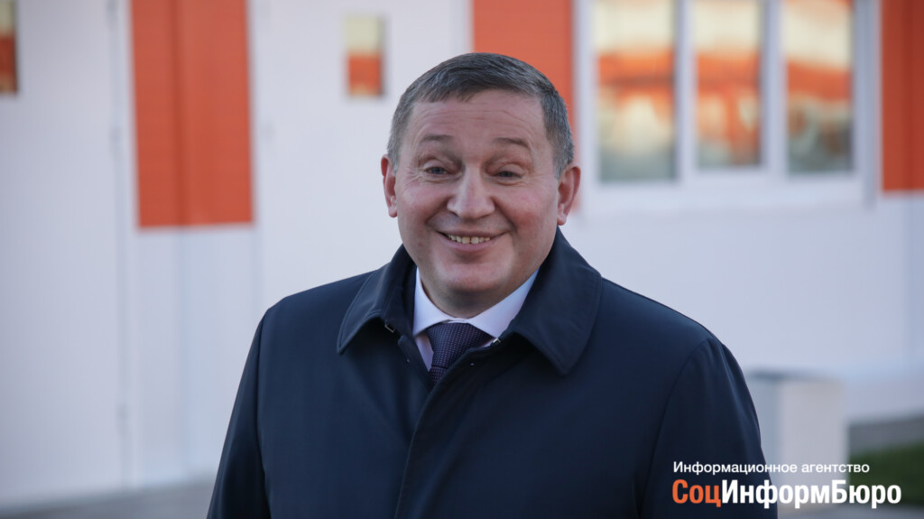 Андрей Бочаров объявил об окончании вакцинации от гриппа в Волгоградской области