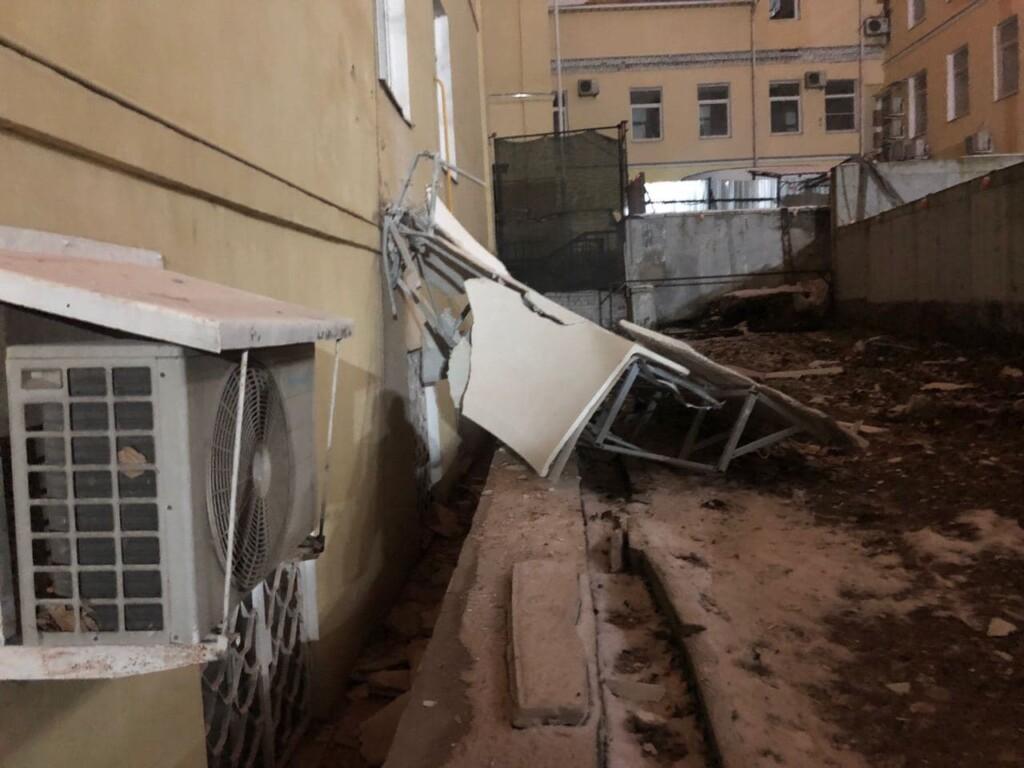 В Москве рабочий лишился скальпа при строительстве элитного дома