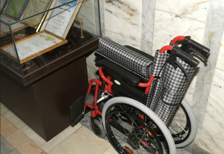 Прокуратура добилась, чтобы 38-летний инвалид из Камышина получил подходящую коляску