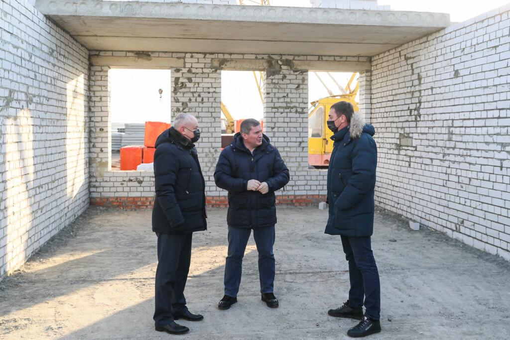 Поликлиника, дорога, детский сад: развитие Урюпинска проверил губернатор
