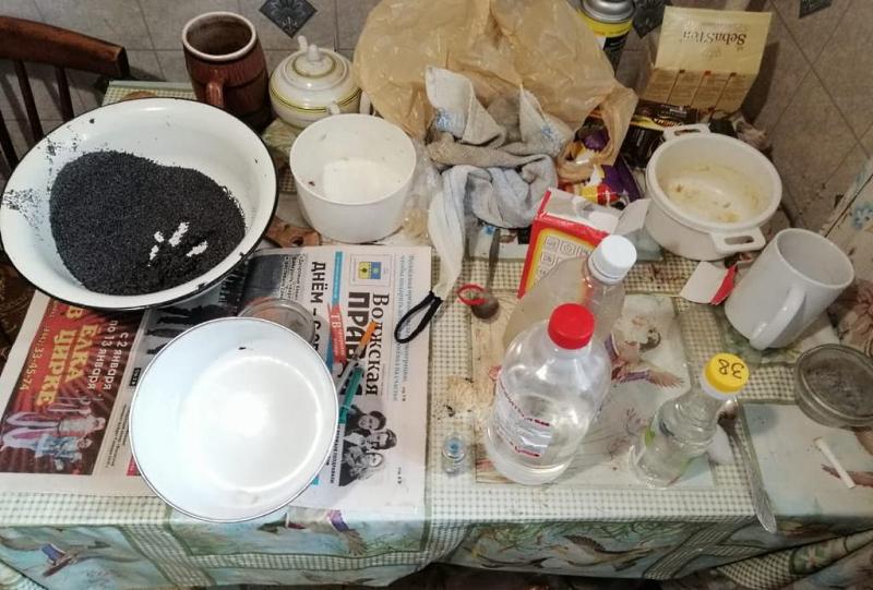 Волгоградцы сдают жилье наркоманам за алкоголь и услуги