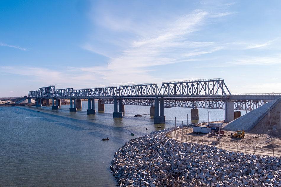 В Волгоградской области открыли новый ж/д мост через Дон