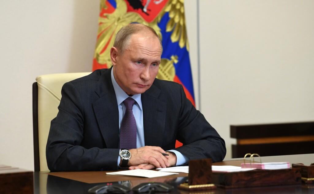Путин: отечественная экономика оказалась более устойчивой к пандемии, чем страны Запада
