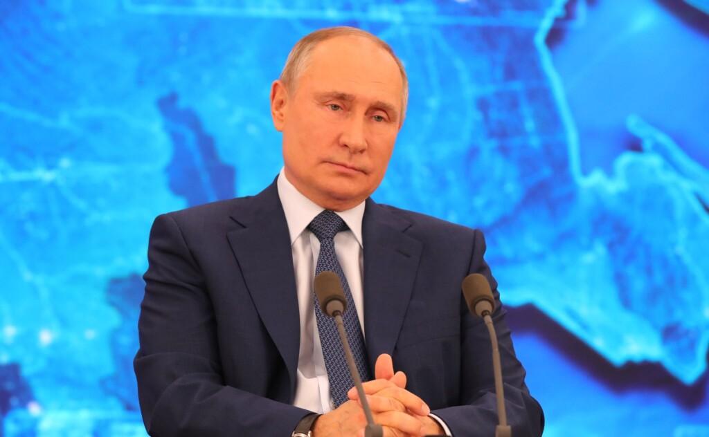 «Редиска»: Владимир Путин научил Сергея Шнурова не использовать мат