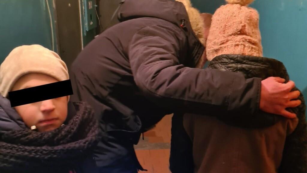 Искали одного, нашли двоих: в Волжском разыскали пропавшего без вести ребенка