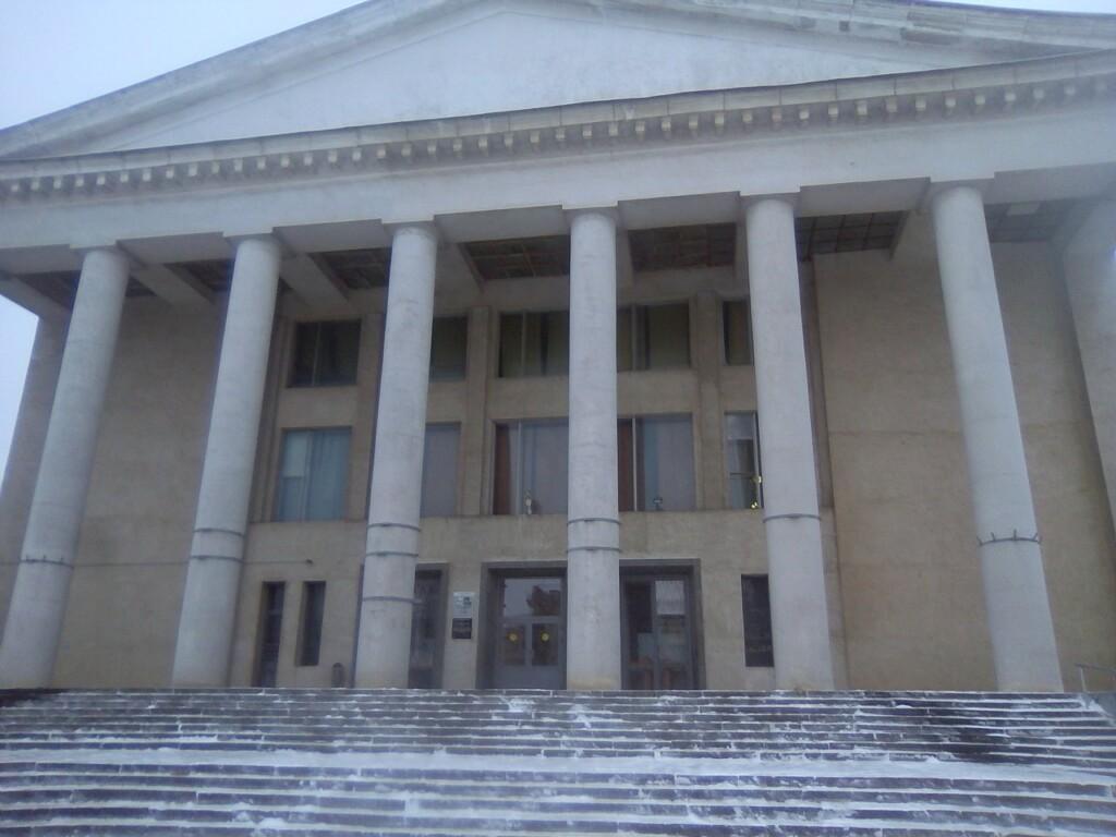 В Волгограде под угрозой срыва аукцион на ремонт ДК Тракторозаводского района