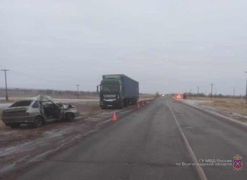 19-летний парень погиб в ДТП с фурой в Волгоградской области