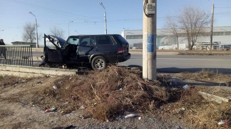 """В Волжском разбился водитель """"Тагаза"""""""