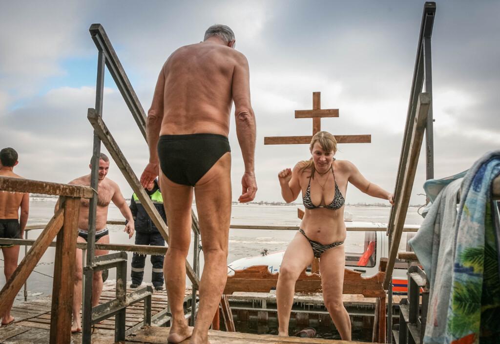 Греться будет негде: в Волгограде назвали места купаний в Крещение