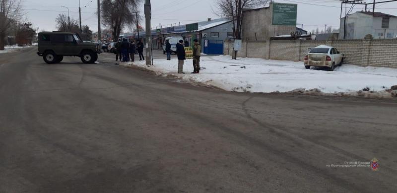 Пенсионер на «Приоре» угодил в УАЗ и попал в больницу