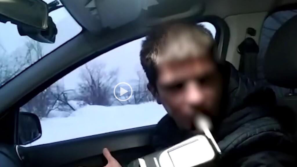 Пьяная автоледи протаранила полицейский автомобиль и скрылась: с какими еще «приключениями» столкнулись волгоградские полицейские?