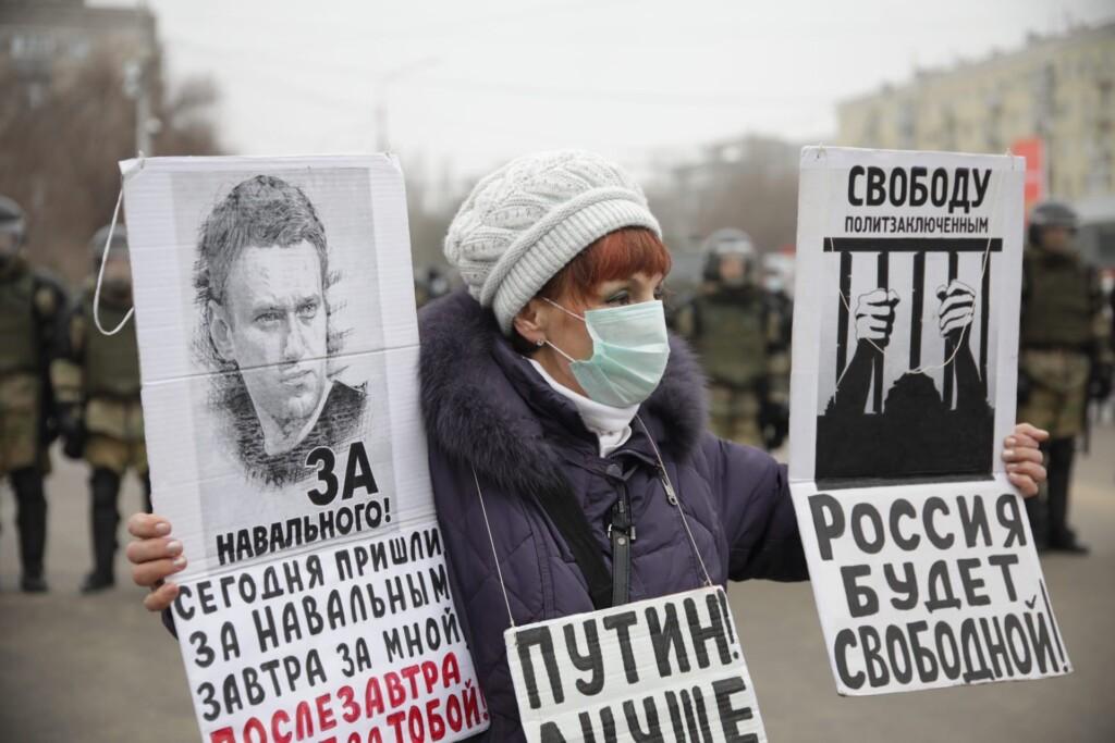 """""""Толпа не знала, что делать"""": 31 января на акции в Волгограде полицейских было больше протестующих в несколько раз"""