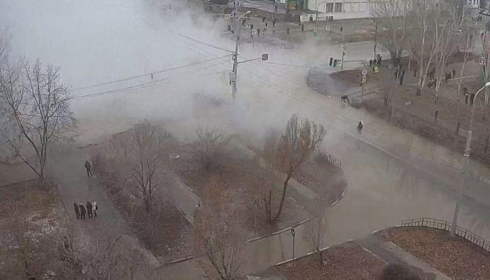 «Новая» часть города Волжского осталась без горячей воды и тепла из-за крупной коммунальной аварии